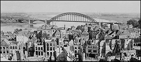 Nijmegen bridge. Foto www.strijdbewijs.nl