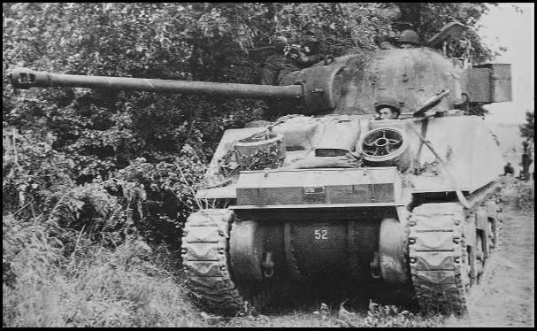 le Sherman Firefly SH18